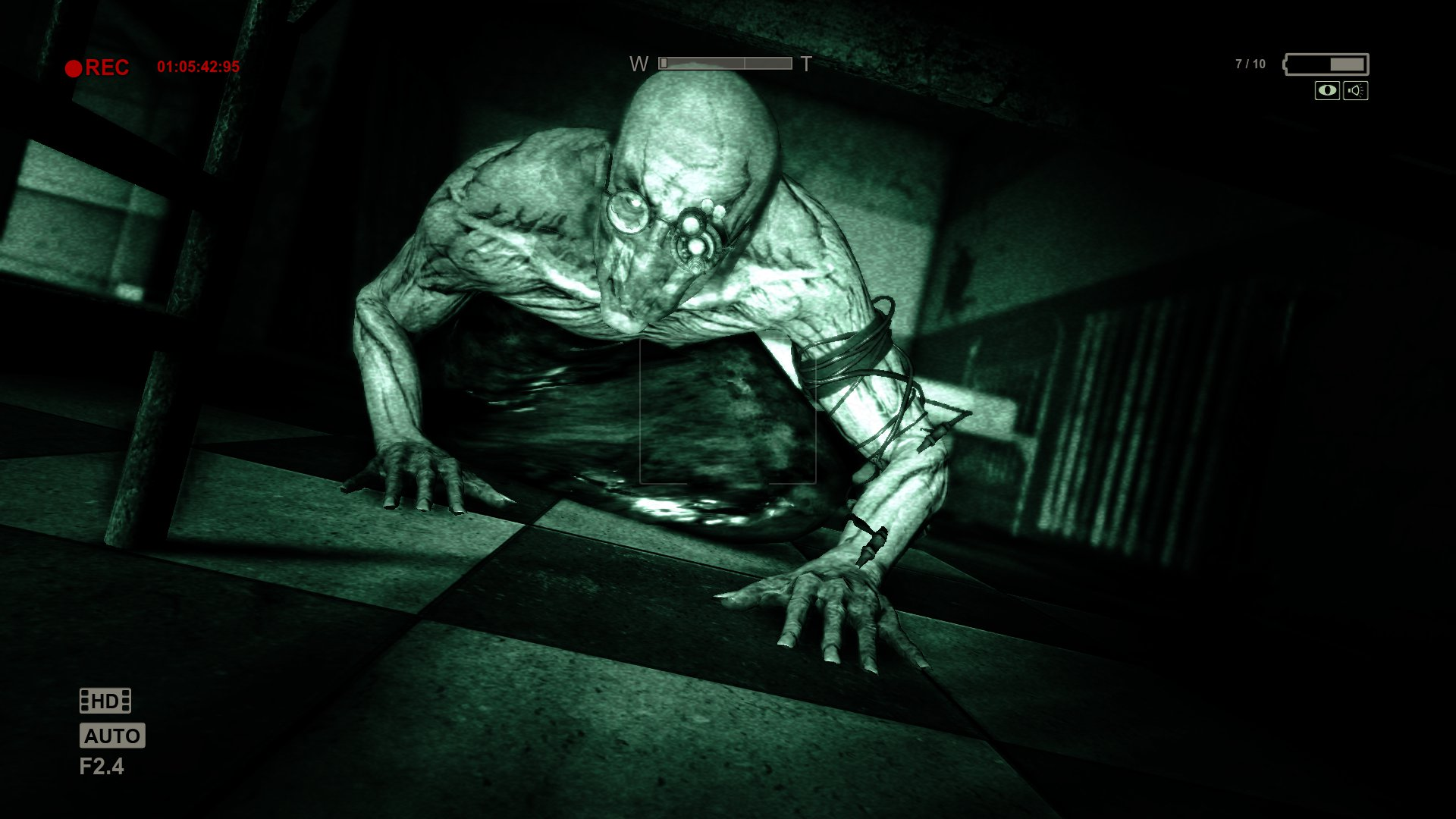 Outlast for macOS gameplay